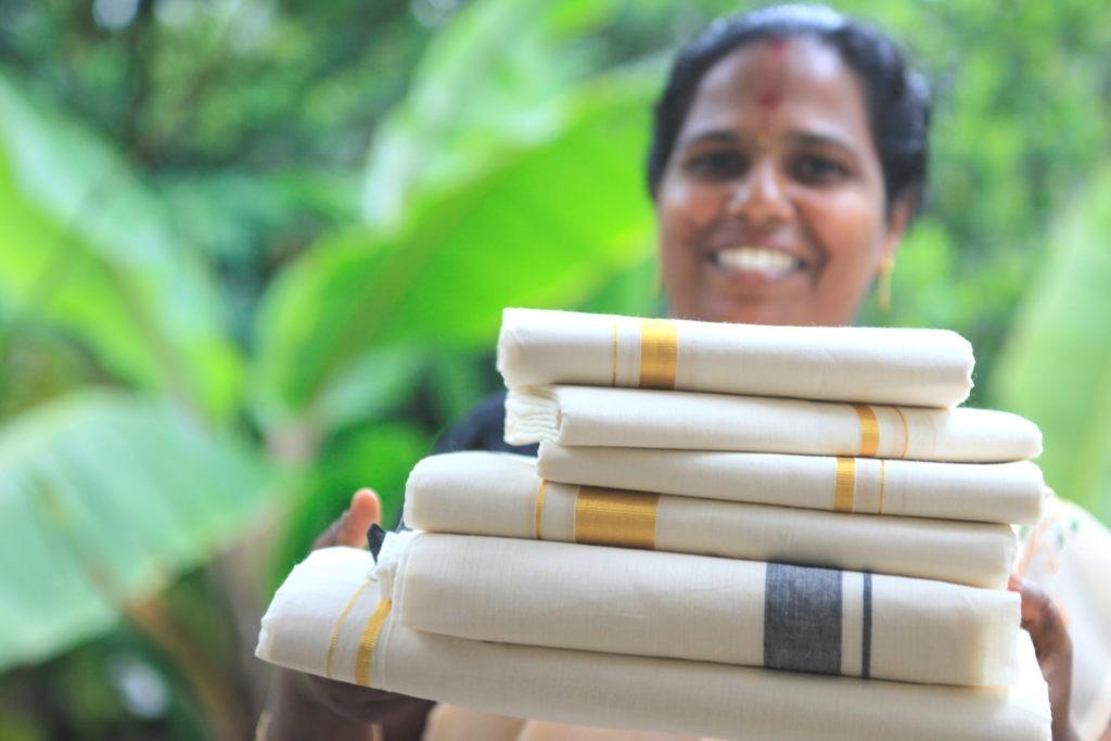Kerala-Kasavu-sarees-1024x683